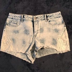 Jessica Simpson shorts (new without tag)